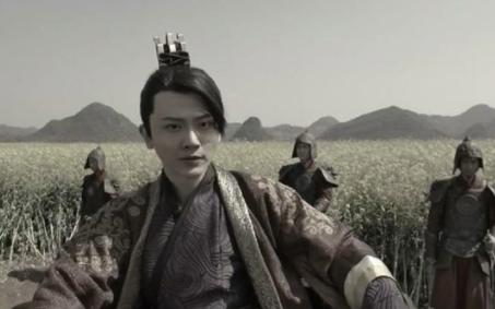 庆余年二皇子为什么一定要杀范闲 二皇子身份是什么?